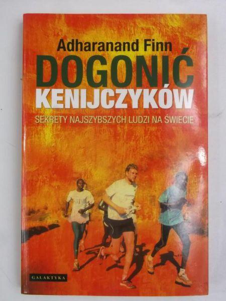 Finn Adharanand - Dogonić Kenijczyków