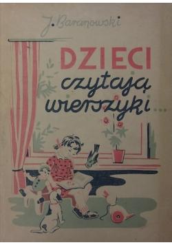 Dzieci czytają wierszyki, 1947 r.