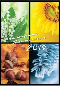 Kalendarz z ks.Twardowskim 2019 - 4 Pory Roku