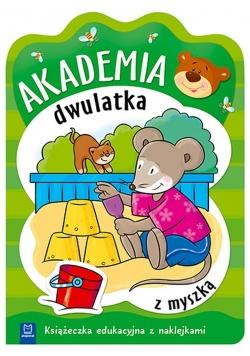 Akademia dwulatka z myszką