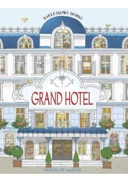 Naklejkowe domki. Grand Hotel
